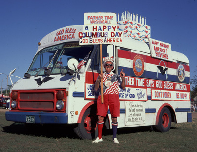 patriotic-bus-paul-pagano