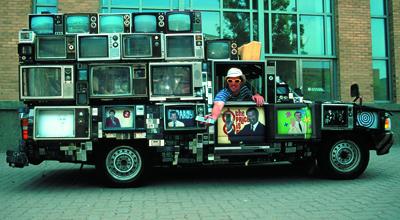 tv-truck-dan-lohaus